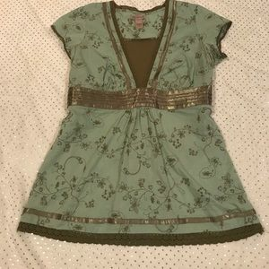 Art And Soul Sage Green Top